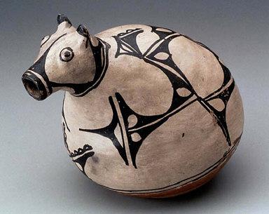 Animal effigy pitcher