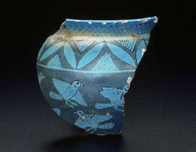 Vessel fragment with flying birds