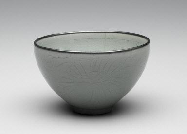 Tea Bowl with metal rim