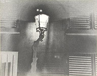 Lamp post, rue de la chaise, Paris
