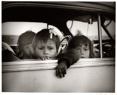 Children in Car, Buttonwillow, California