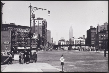 Untitled (Street scene, Empire State Building, NY)