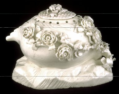 Covered vase used for potpourri