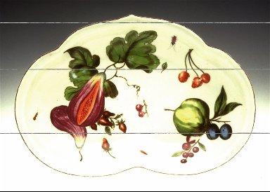 Kidney-Shaped Dish