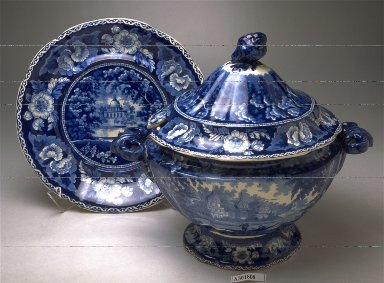 Tureen, lid, stand and ladle