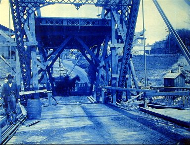 Bridge Construction in Pittsburgh, Pennsylvania