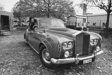 Clown in Rolls Royce-Circus Knie