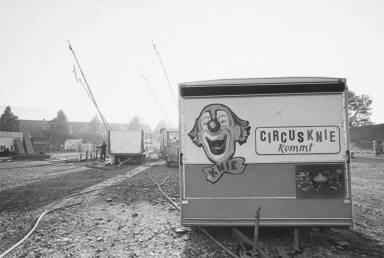 Circus Trailers-Circus Knie