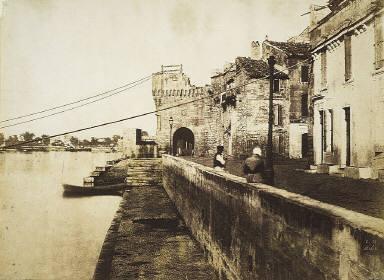 Arles: Porte des Chataignes