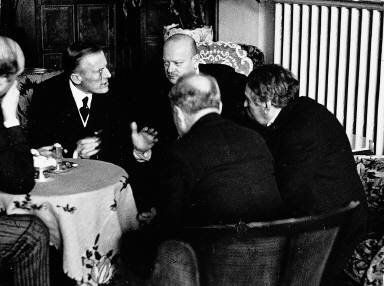 A summit meeting in 1928: The architects of Franco-German