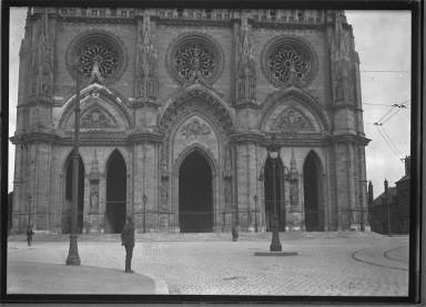 Orleans, Cathedrals and Soldier