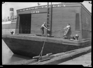 Canal Boat Worker NY Harbor Lehigh