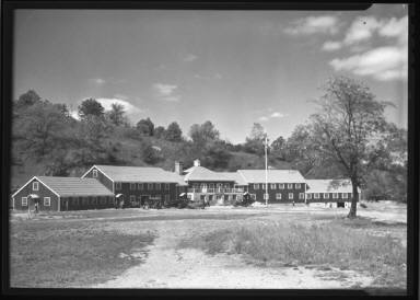 Camp, Building