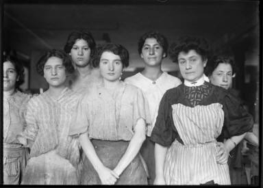 Group of Women Workers(Paper Box)