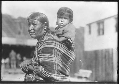 100% American/ Sioux Mother and Child 100% Amer.