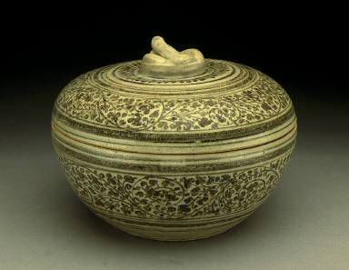Lidded Box with Floral Scrolls