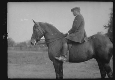 Bruce, J.M., Mr., on horseback