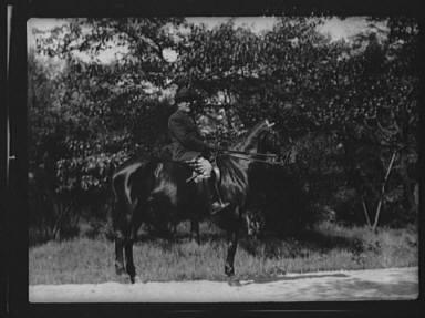 Ederheimer, Mr., on horse