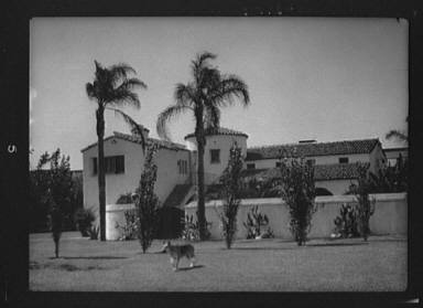 Unidentified building possibly associated with Metro-Goldwyn-Meyer Corp