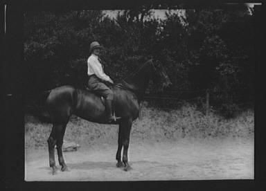 McCulloch, Mrs., daughter of, on horseback