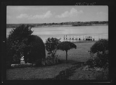 """Grounds of """"The Shallows,"""" property of Lucien Hamilton Tyng, Southampton, Long Island"""