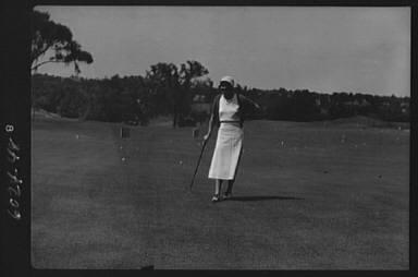 Cassidy, Ellen, Mrs., on golfcourse