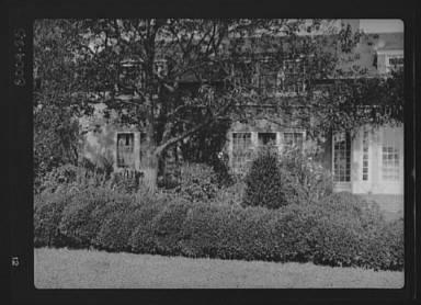 King, Hamilton, Mr., residence
