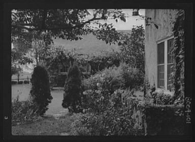King, Hamilton, Mr., residence and garden