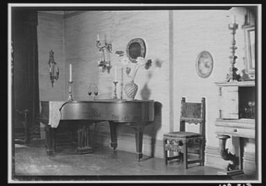 Akins, Zoë, Miss, interior of home