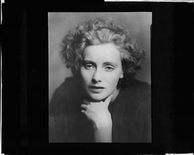 Portrait photograph of Greta Garbo