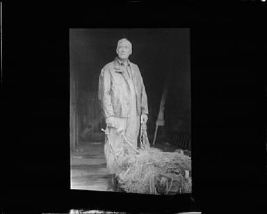 Portrait photograph of Captain Everett Edwards
