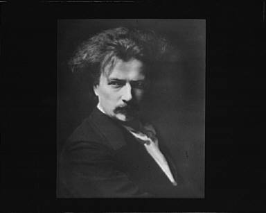 Portrait photograph of Ignace Paderewski