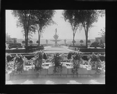 Garden at Kijkuit, John D. Rockefeller's estate, designed by William Welles Bosworth
