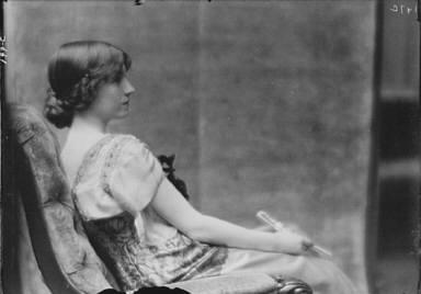 Maude, Bonnie, Miss, portrait photograph