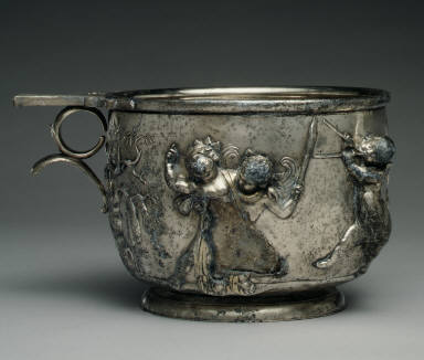 Pair of skyphoi (cups) with Erotes