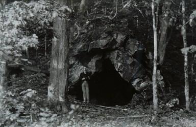 Miranda's Cave, St. Laurent, ?le d'Orléans