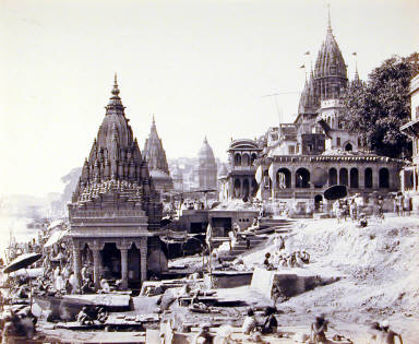 Benares Vishnu: Pud and Other Temples near the burning Ghat