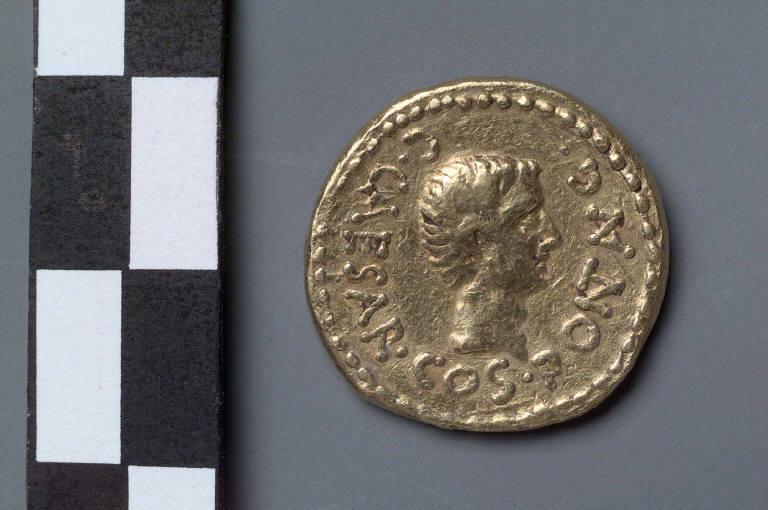 Aureus with head of Octavian