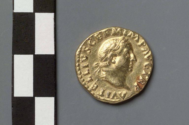 Aureus with bust of Vitellius