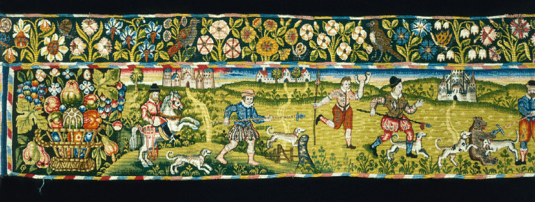 BED VALANCE with hunting scenes