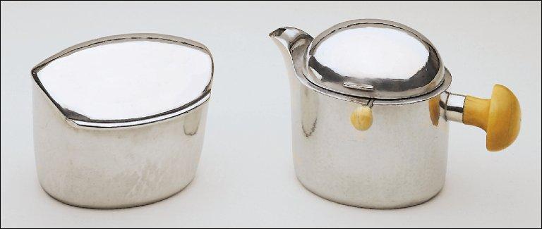 Tea Extract Pot
