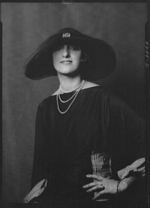 Roberts, Ethel, Miss, portrait photograph