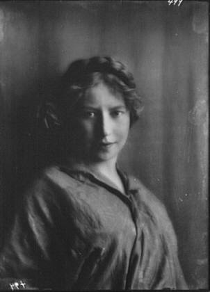 Behrends, Miss, portrait photograph