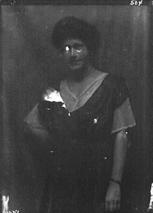 Von Briesen, Miss, portrait photograph