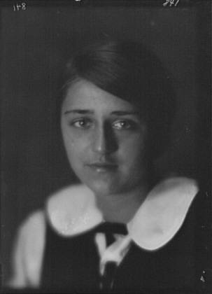 Carhart, Renee, Miss, portrait photograph