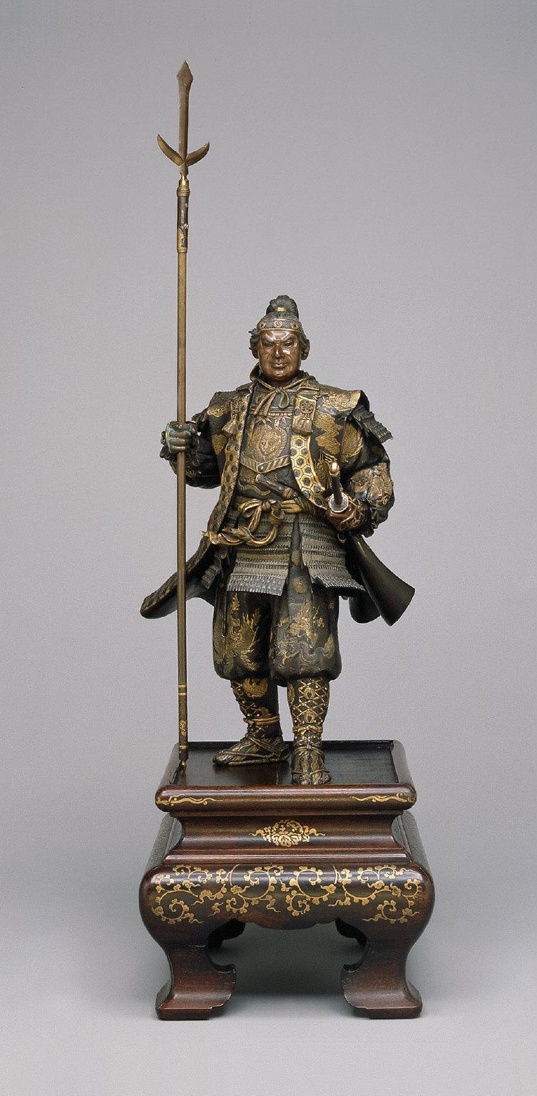 Large figure of Yoshitsune