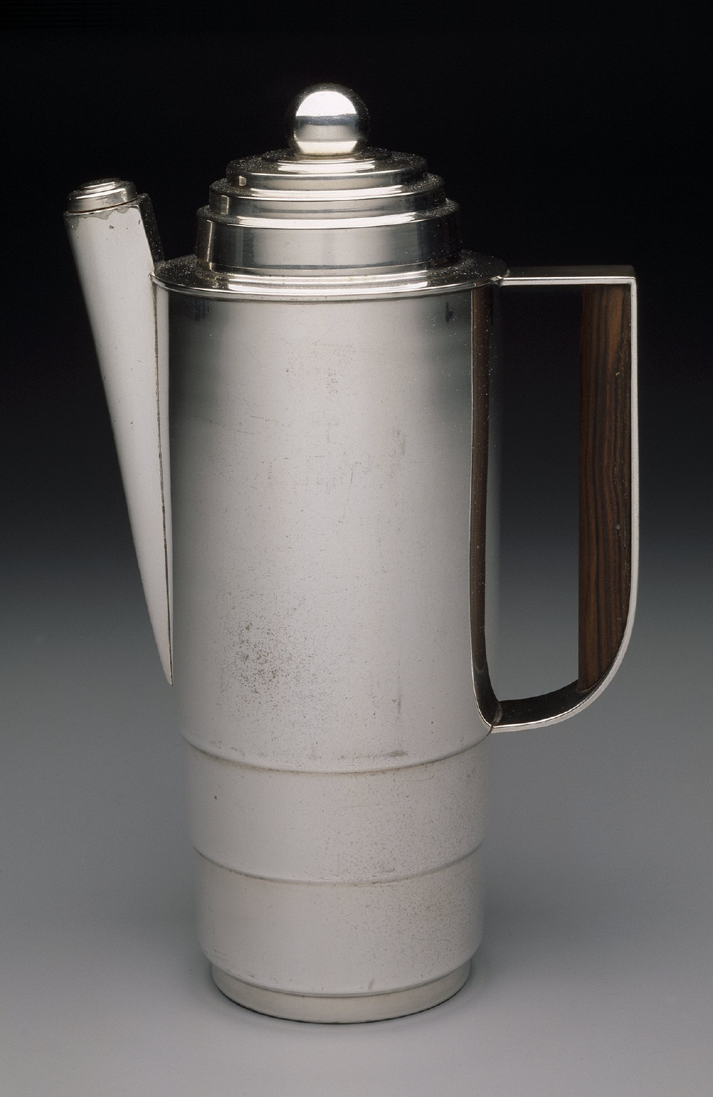 'Silver Style' beverage mixer