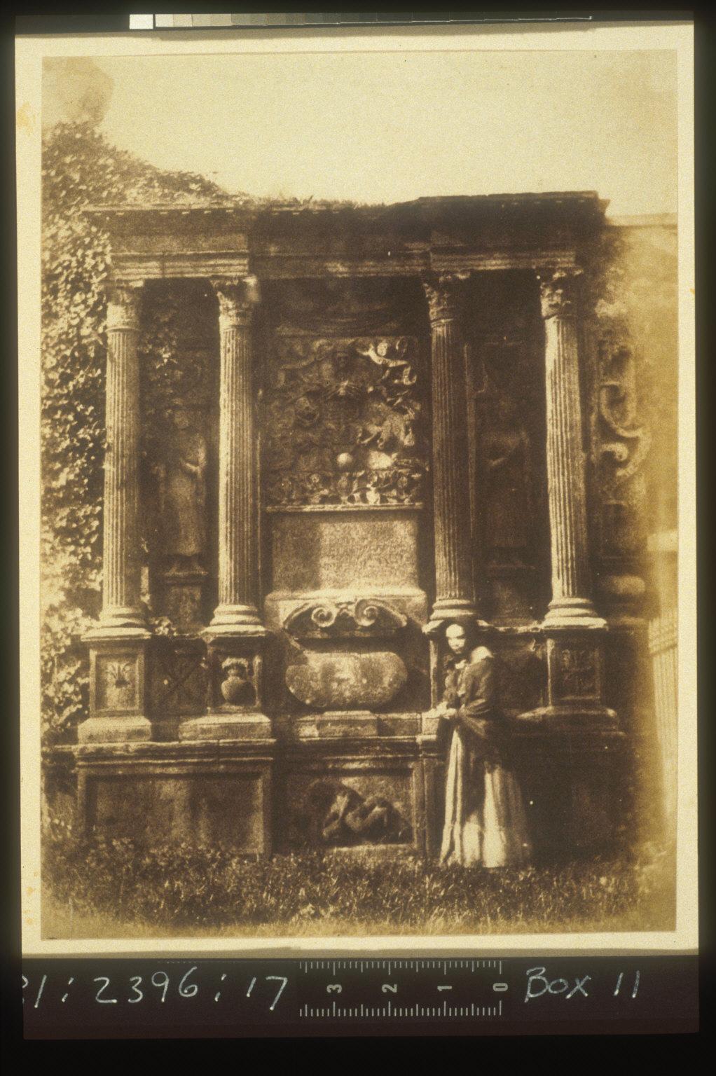 Greyfriars' Churchyard, The Tod Monument