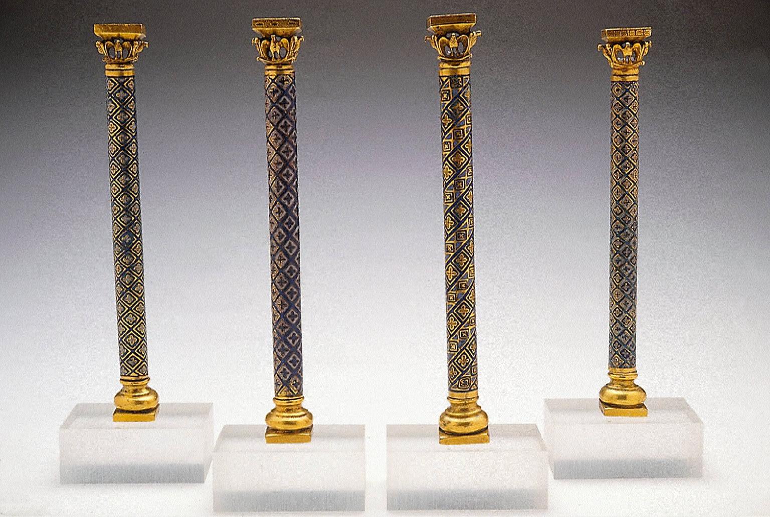 Four ornamental Colonnettes