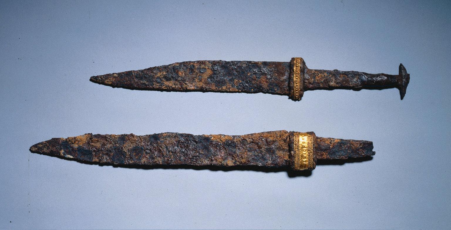 Single-Edged Knife (Scramasax)